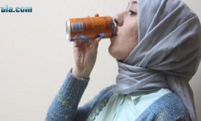 Her 3 öğrenciden 1'i gazlı içecek bağımlısı