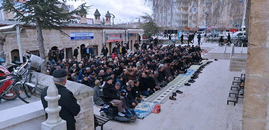 Karaman'da Şehitlerimiz İçin Gıyabi Cenaze Namazı