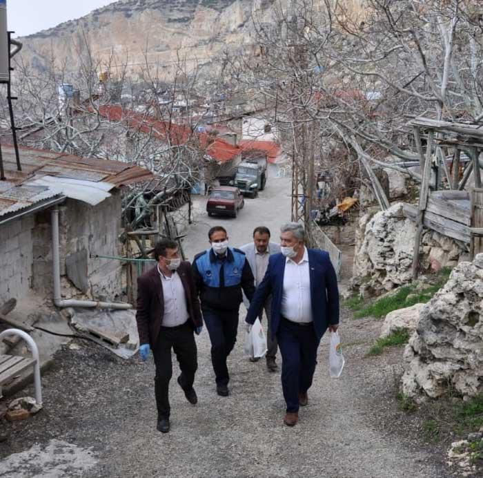 Başkan Vatandaşları Evinde Ziyaret Ediyor