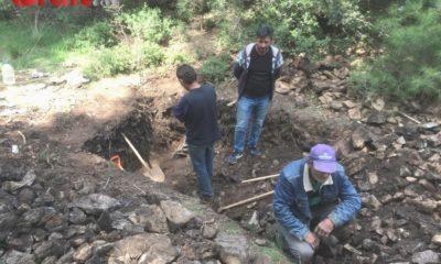 Manisa'da kaçak kazı yapan 3 kişiyi jandarma suçüstü yakaladı