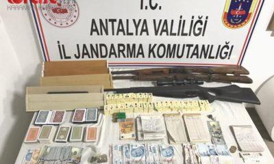 Antalya'da kumar baskınına 160 bin TL para cezası