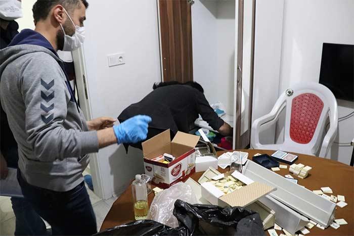 Karaman'da Sahur Vakti Kumar Baskını