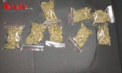 Motosikletli şahısların üzerinden 400 gram uyuşturucu madde çıktı