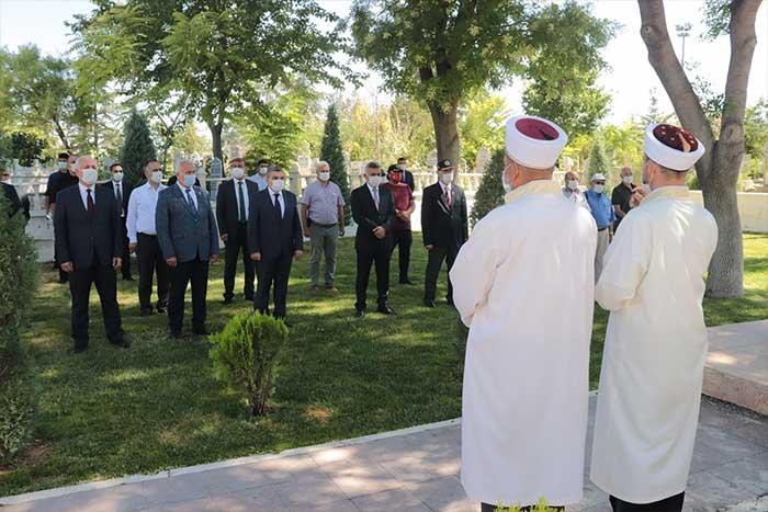Karaman'de Şehitlerimiz Ziyaret Edildi