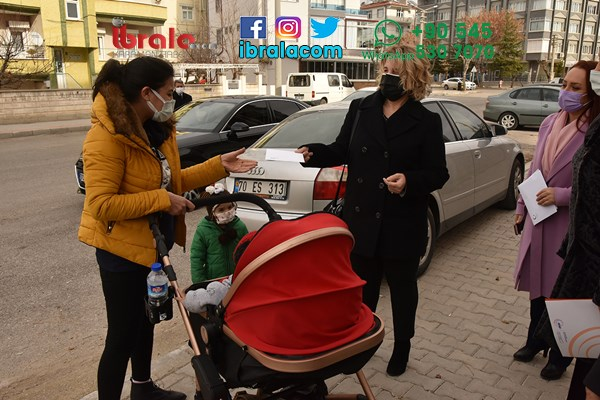 Karaman'da kadınlara mektup ulaştırıldı