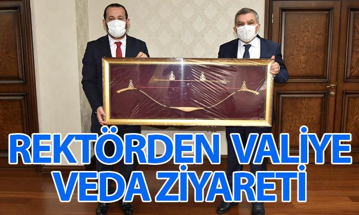 Rektör Akgül'den Valiye Veda Ziyareti