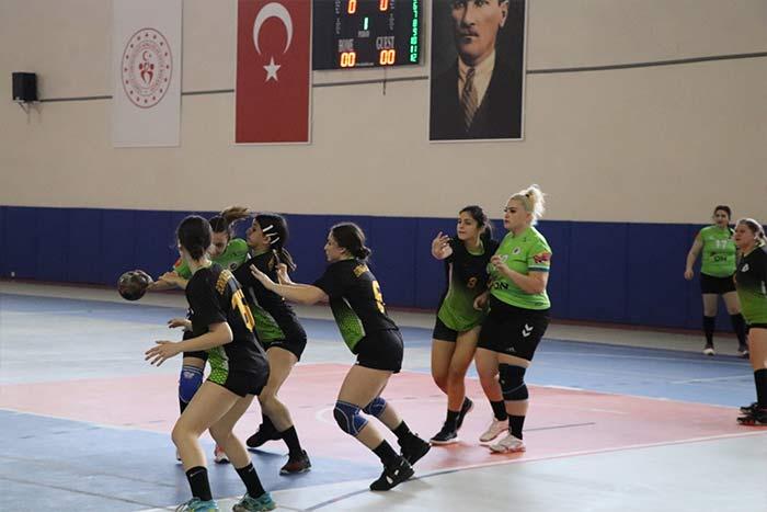Maçlar Karaman'da başladı