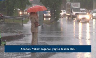 Anadolu Yakası sağanak yağışa teslim oldu