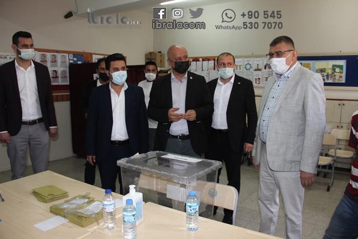 Karaman'da oy kullanımı devam ediyor