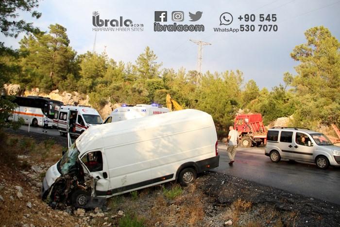 Yardıma giden Karaman ekibi kaza geçirdi!